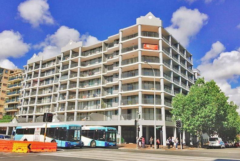 Kingsford 2BR 2BTH Apartment, One car space